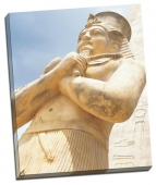 Statuie faraon egiptean 2