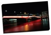 Viaţa de noapte a podului